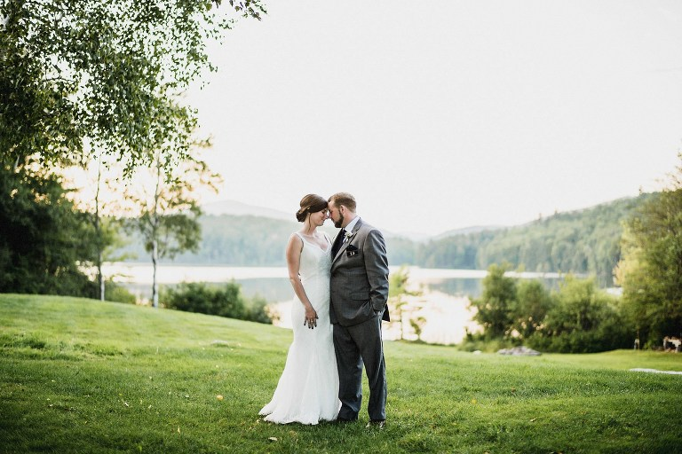 mountain meadows lodge wedding,